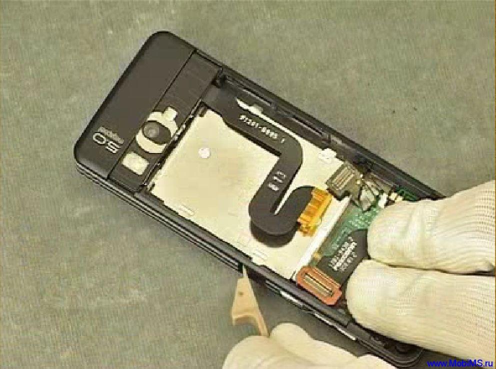 Видео инструкция по разборке Sony Ericsson C902-Disassembly